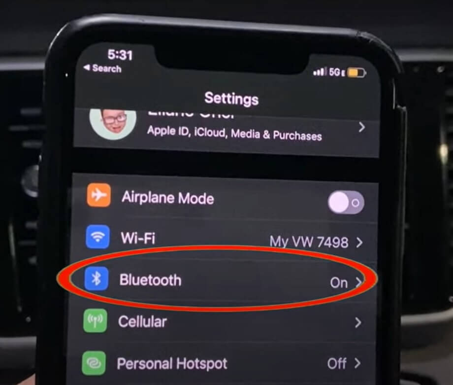 How To Connect iPhone 13 To Apple CarPlay?
